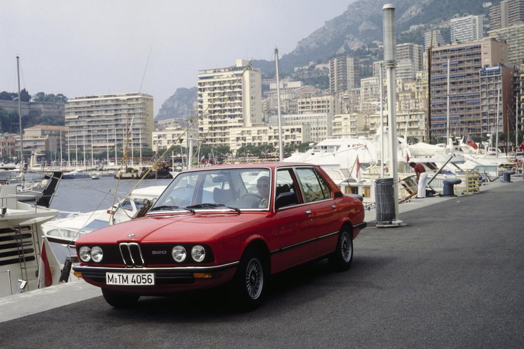 Den ersten BMW der 5er-Reihe produzierten die Münchner von 1972 bis 1981 - Foto © BMW