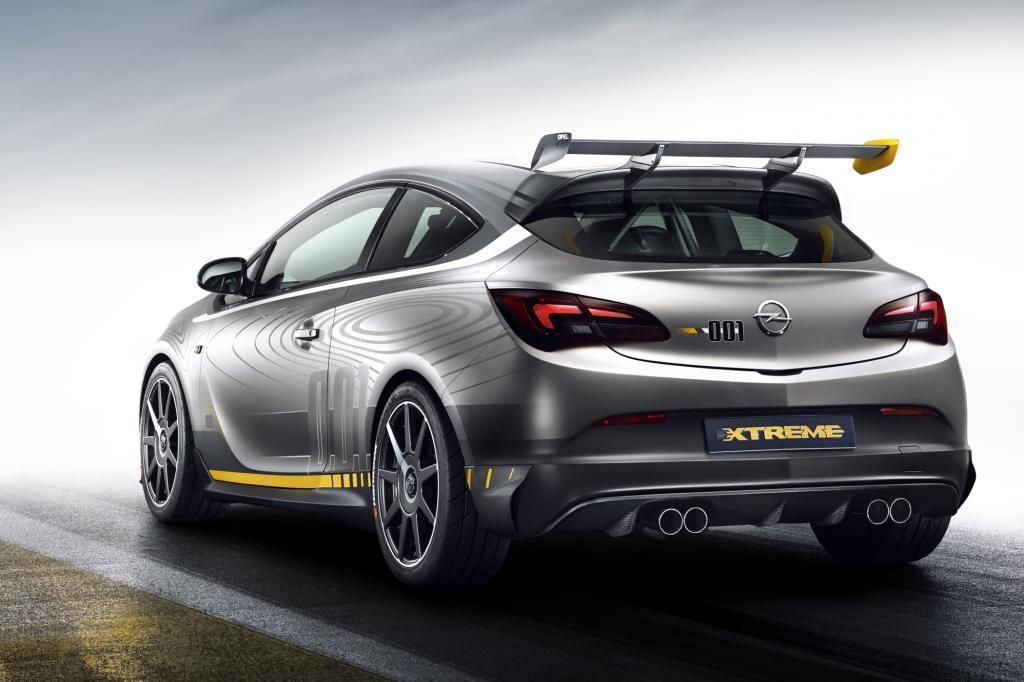 Der Zweiliter-Turbomotor im Astra OPC Extreme entfaltet eine Leistung von mehr als 300 PS