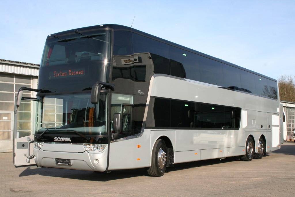 Die ersten Scania Astromega gehen auf die Reise