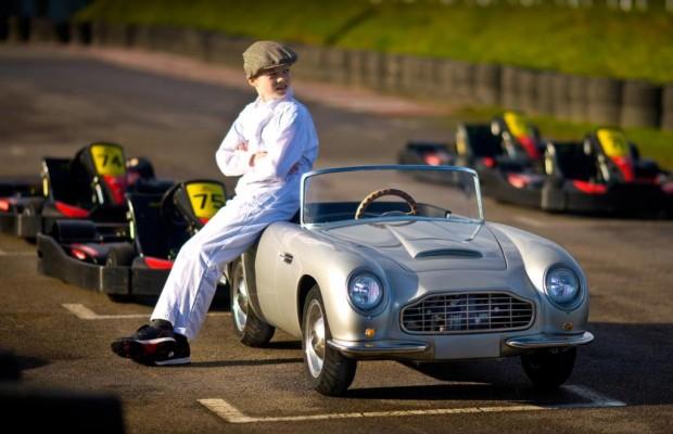 Ein Aston Martin für Kinder - Klassiker im Kleinformat
