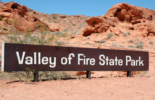 Feuriges Tal: Im neuen BMW 4er-Cabrio durch das Valley of Fire in Nevada
