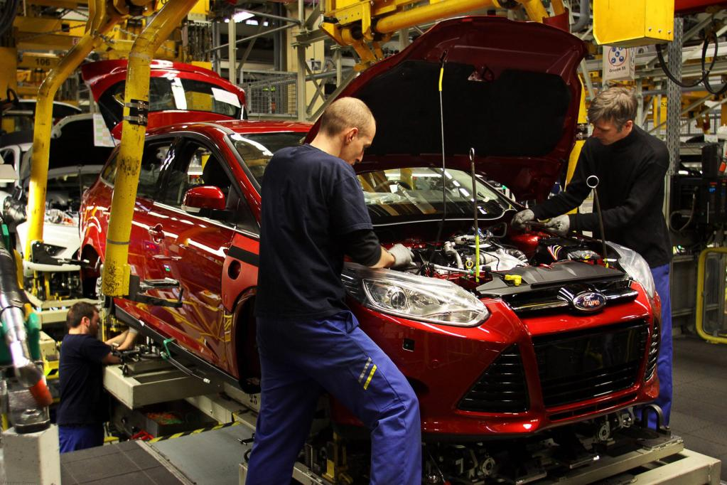 Ford: zwei Autos, ein Geheimnis