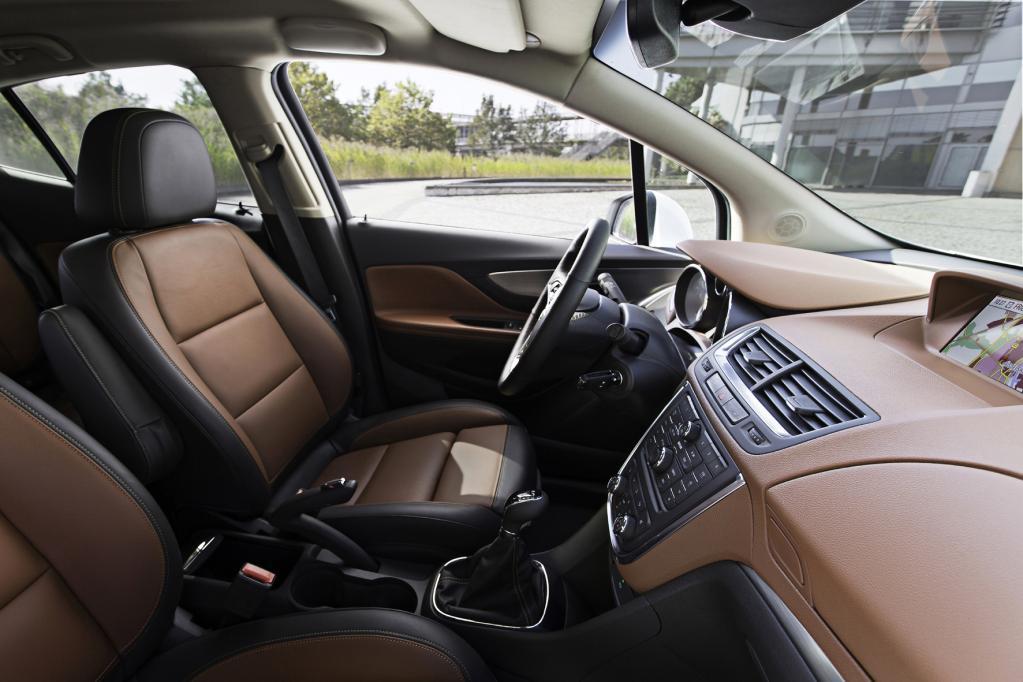 Im Opel besser sitzen mit dem AGR-Gütesiegel - © Opel