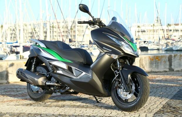 Kawasaki entdeckt das Roller-Segment