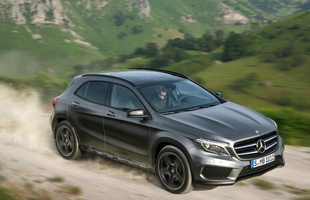 Kompaktes SUV-Coupé: Mercedes-Benz liefert neuen GLA ab März aus / AMG ab Juli