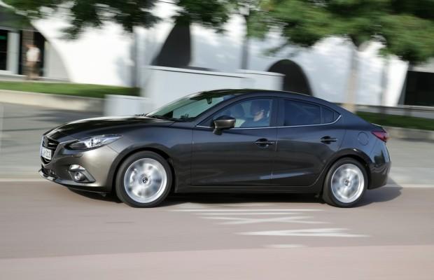 Mazda3 jetzt auch als Limousine