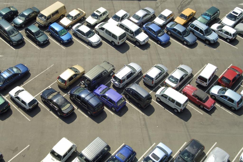 Parkplatz-Suche - Mehrmals um die Welt