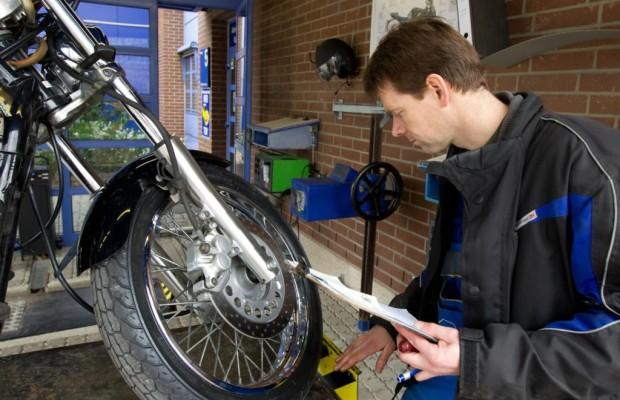 Ratgeber Motorradcheck - Sicherer Start auf zwei Rädern
