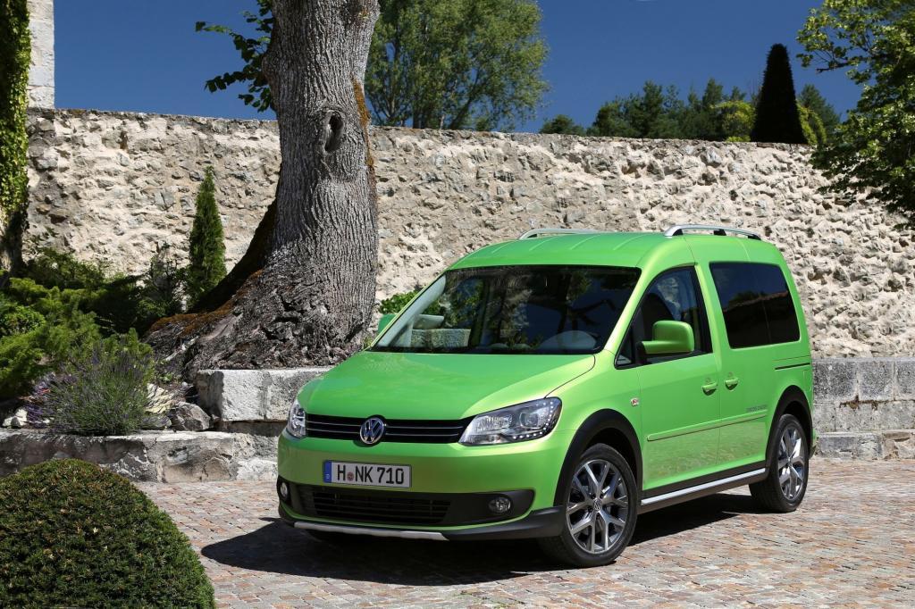 Rund 3.800 Euro Aufpreis zum vergleichbaren Caddy (Trendline-Ausstattung) ruft die Nutzfahrsparte von VW für den geschönten Nützling auf