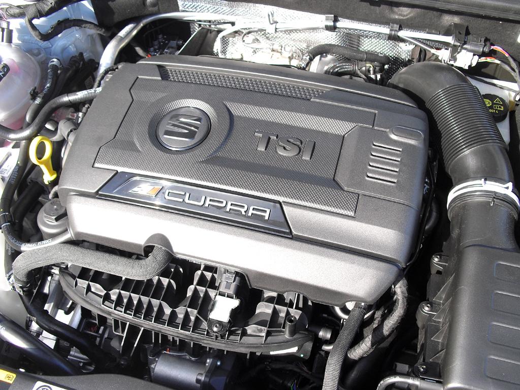 Seat León Cupra: Blick unter die Haube. Zwei Vierzylinder-Turbos stehen zur Wahl.