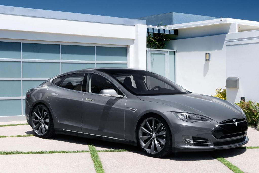 Smartphone für die Straße - Apple erwägt kauf von Tesla Motors
