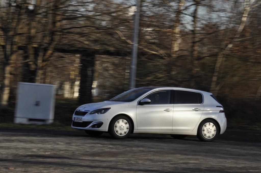 Test Peugeot 308 155 THP - Störenfried auf dem Golf-Platz