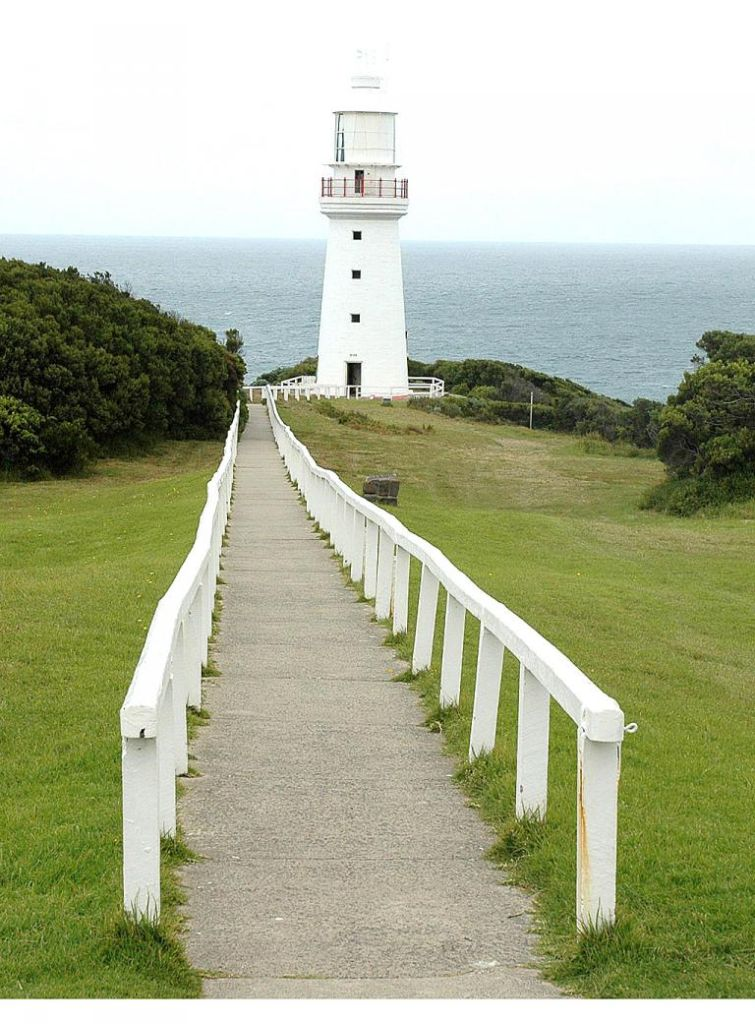 Weg zum alten Leuchtum am Cape Otway nahe der Great Ocean Road.