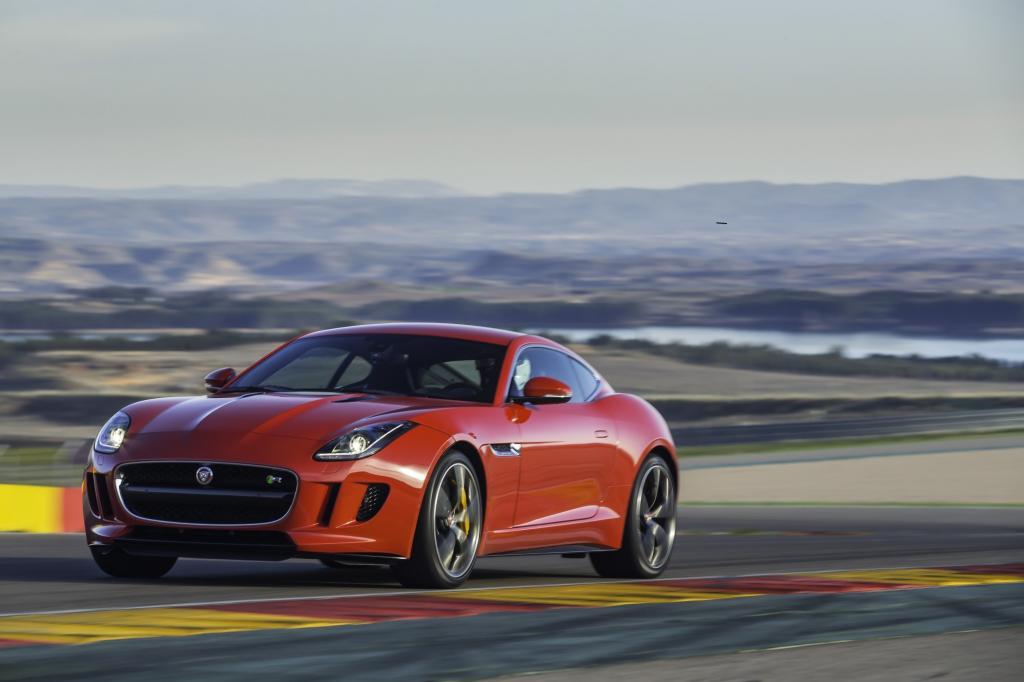 : Ein Jahr nach dem Roadster folgt nun die geschlossene Version des Jaguar F-Type.  Foto: Jaguar