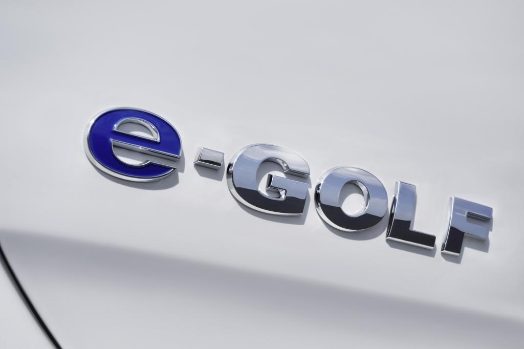 Ab 34.900 Euro ist er zu haben und präsentiert sich recht ordentlich ausstaffiert mit Klimaanlage, LED-Scheinwerfer und Bildschirm-Navigation.