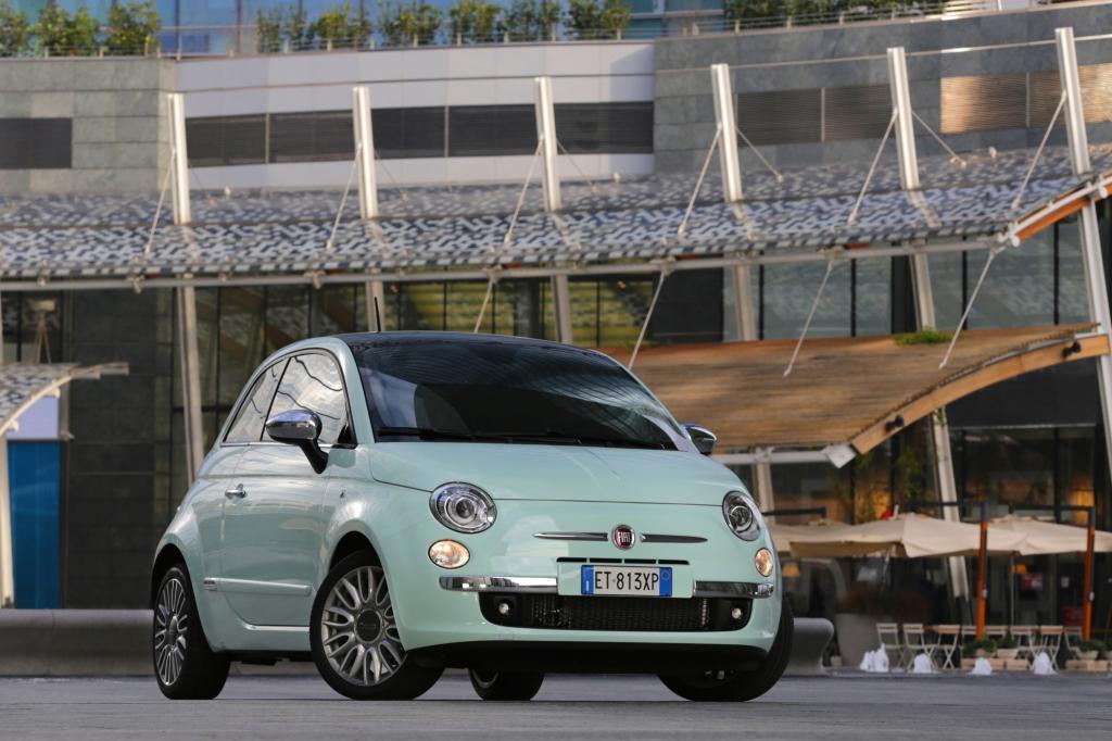 An der gewohnten runden Form hat Fiat für das neue Modelljahr natürlich nichts geändert.