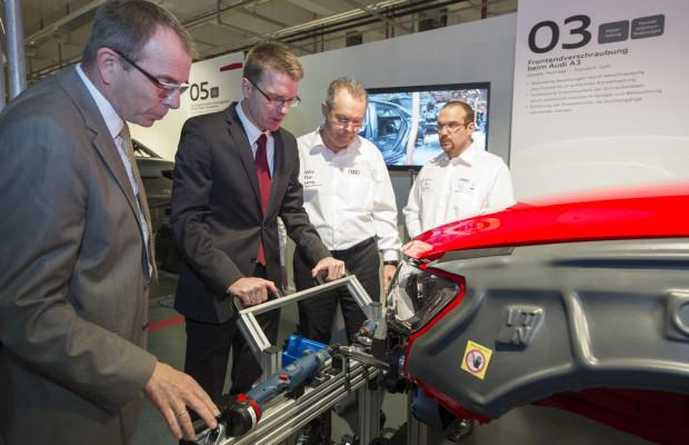 Audi informiert über ergonomisches Arbeiten