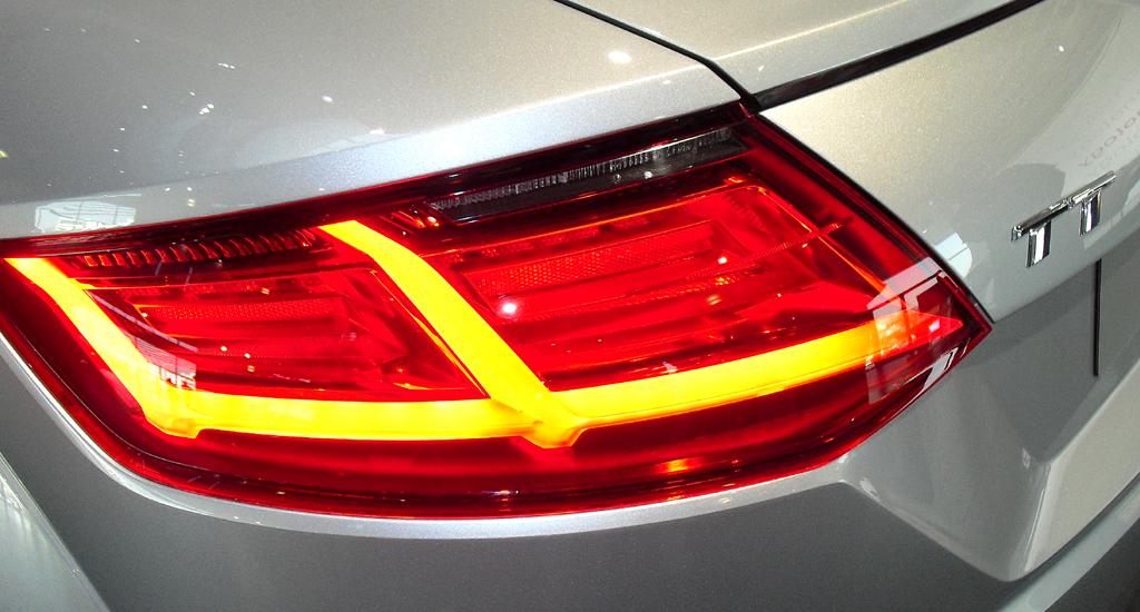 Bei den Matrix-LED-Leuchten findet sich eine dynamisierte Blinkanzeige auch am Heck.