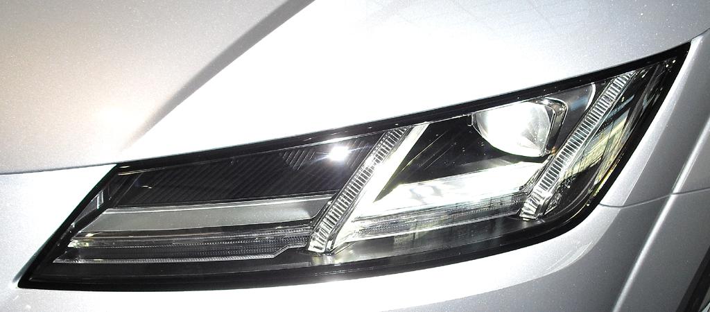 Beim Licht können LED- oder Matrix-LED-Scheinwerfer geordert werden.