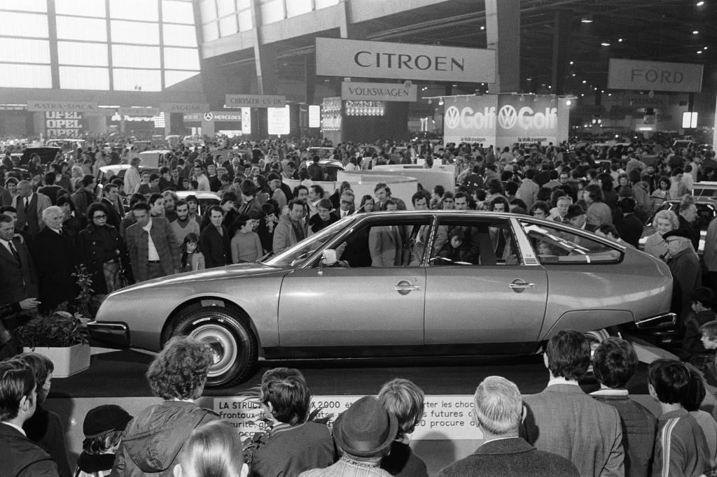 Citroen CX 2000 Messepremiere Paris 1974