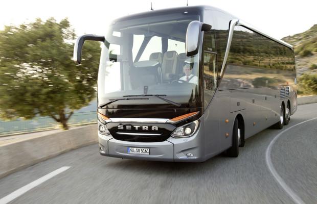 Daimlers Busse kehren in die Gewinnzone zurück