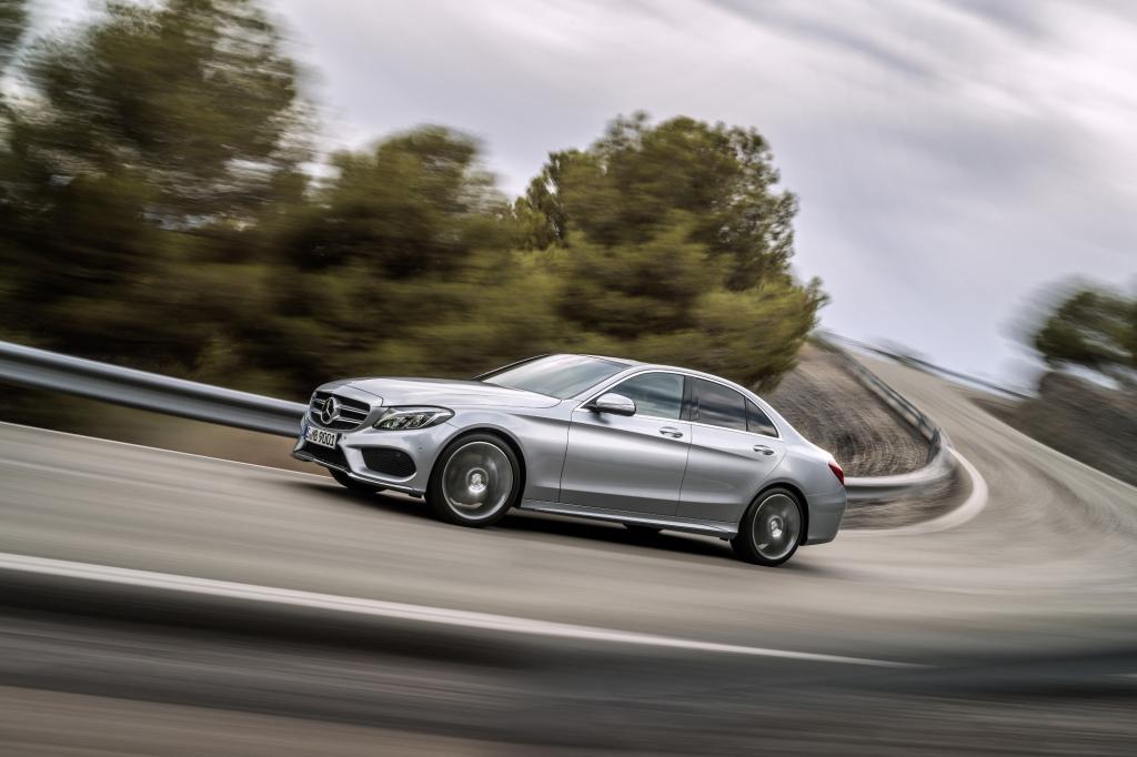 Die neue C-Klasse von Mercedes könnte ein großer Wurf werden und sogar Fahrer Münchner oder Ingolstädter Fabrikate ins Grübeln bringen.