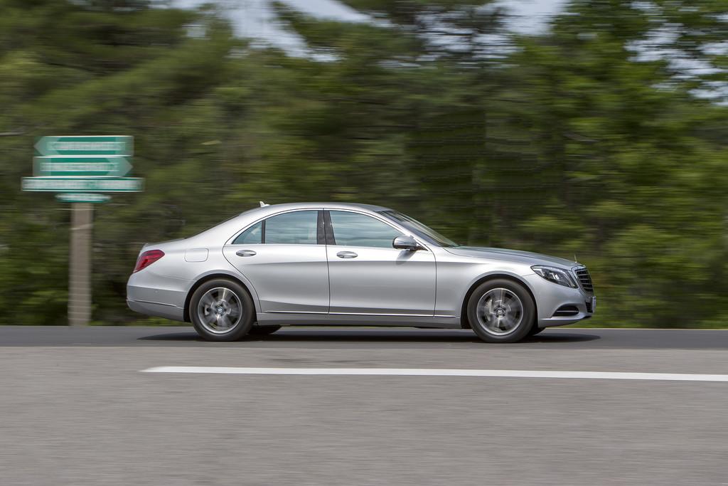 EU zeichnet Motorraumkapselung von Mercedes-Benz aus