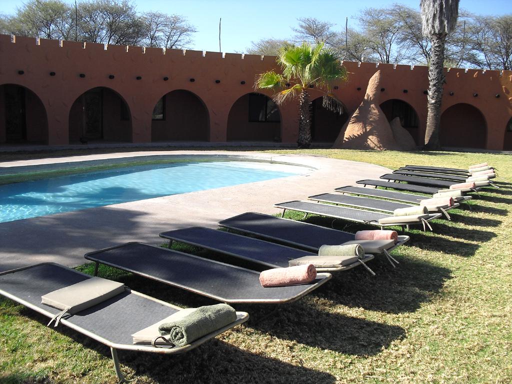 Ein Pool darf auch in einer Safari Lodge nicht fehlen.