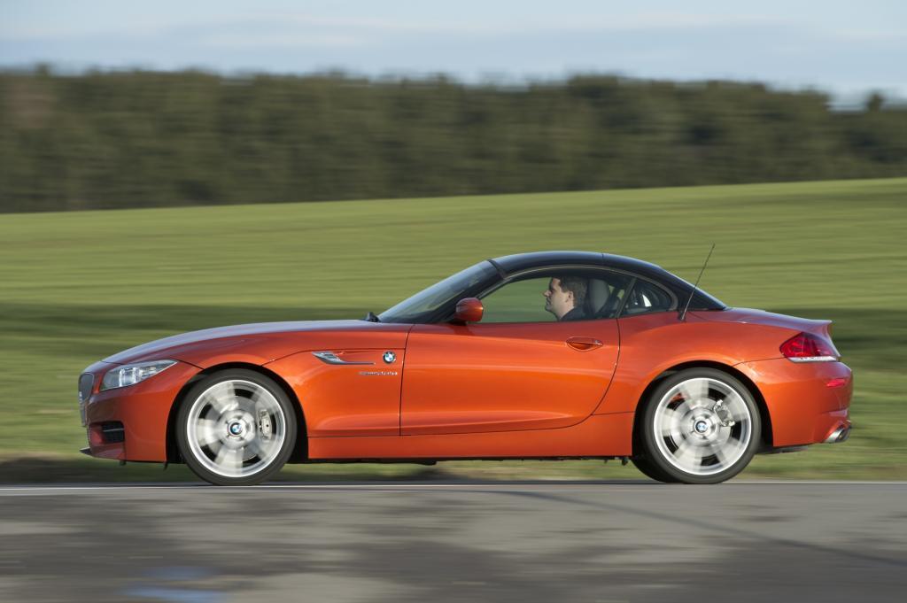 Foto © BMW - BMW Z4 kostet ab 33.950 Euro und leistet in der Basisversion 116 kW/156 PS