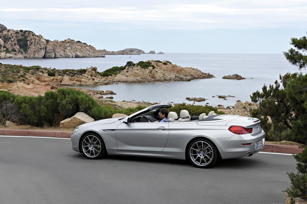 Foto © BMW - Für den luxuriösen Familienausflug ist das BMW 6er Cabrio geeignet, für das die Münchner mindestens 83.900 Euro (für den 235 kW/320 PS starken 640i) aufrufen