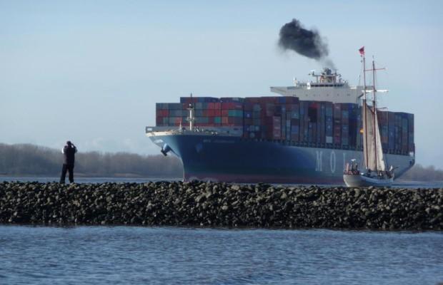 Gefahren für Hamburg durch Containerschiff-Abgase
