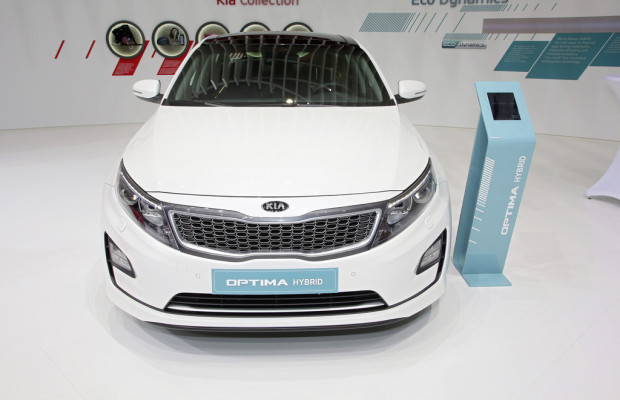 Genf 2014: Kia wertet Optima Hybrid auf