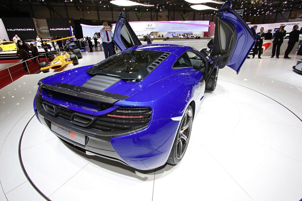 Genf 2014: McLaren bietet 493 PS pro Tonne