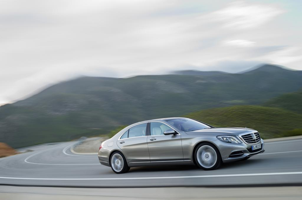 In Stuttgart fährt man Mercedes S-Klasse - Foto: Daimler