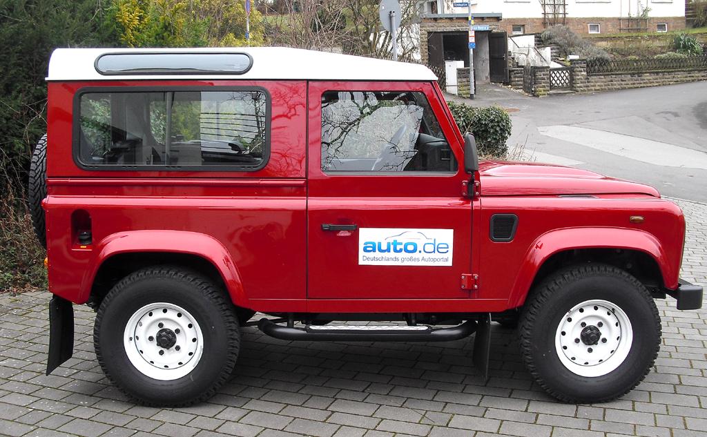 Land Rover Defender: So sieht der Station Wagon von der Seite aus.