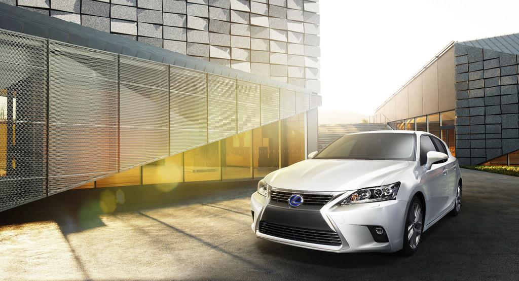 Lexus bietet Business-Paket für den CT 200h