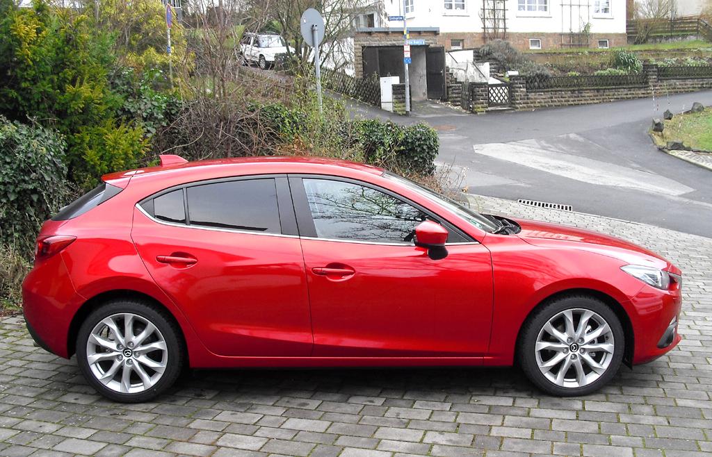 Mazda3: So formschön sieht der Fünftürer von der Seite aus.
