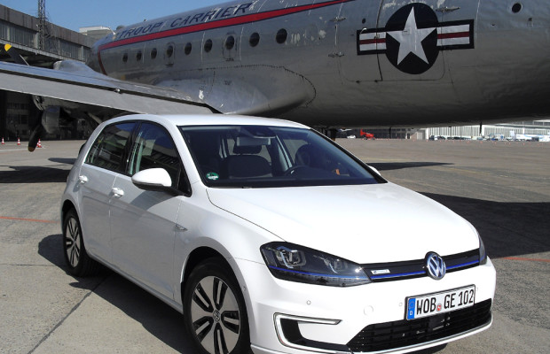 Mit breiter Spannung: VW kündigt neuen E-Golf noch für Sommer an