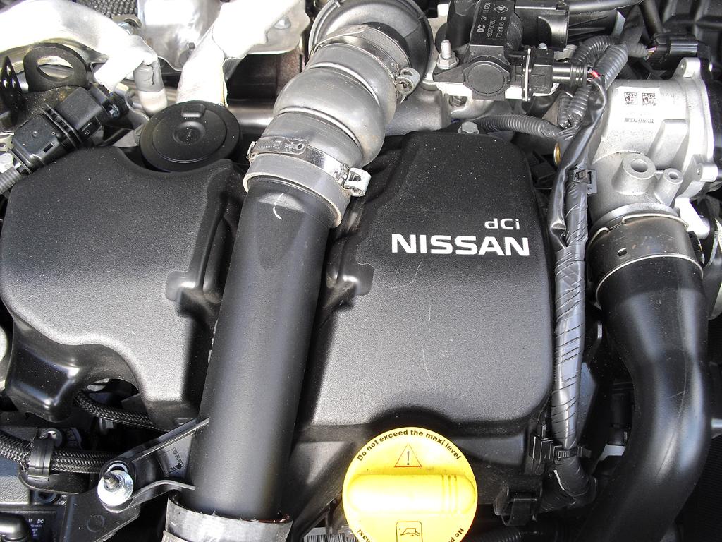 Nissan Juke: Blick unter die Haube auf den 1,5-Liter-Selbstzünder aus dem Renault-Regal.