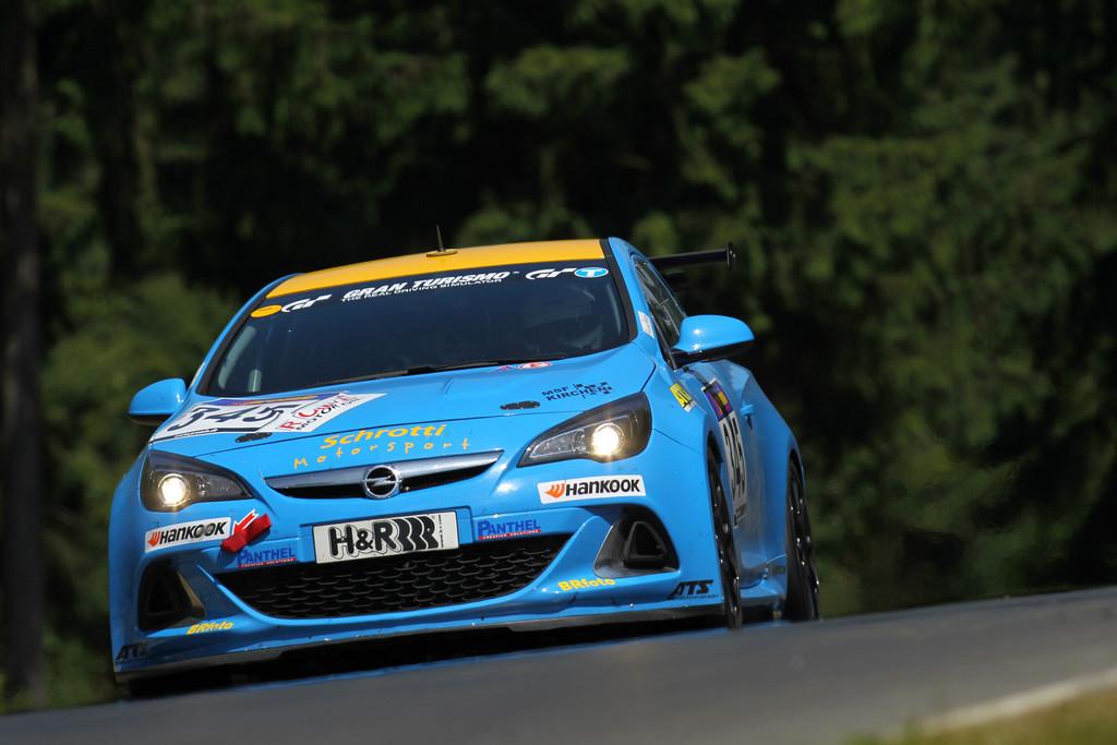 Opel-Astra-OPC-Cup startet in die zweite Saison