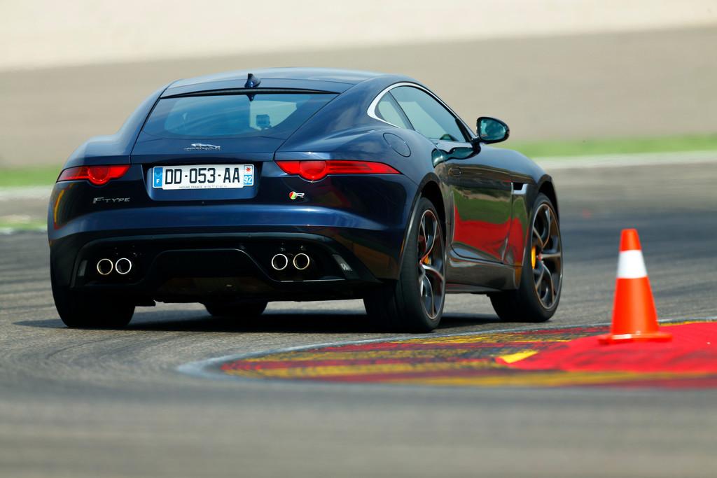 Pressepräsentation Jaguar F-Type Coupé: Alles passt