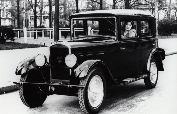 Retro Classics: Peugeot-Club mit fünf Vorkriegsmodellen vertreten