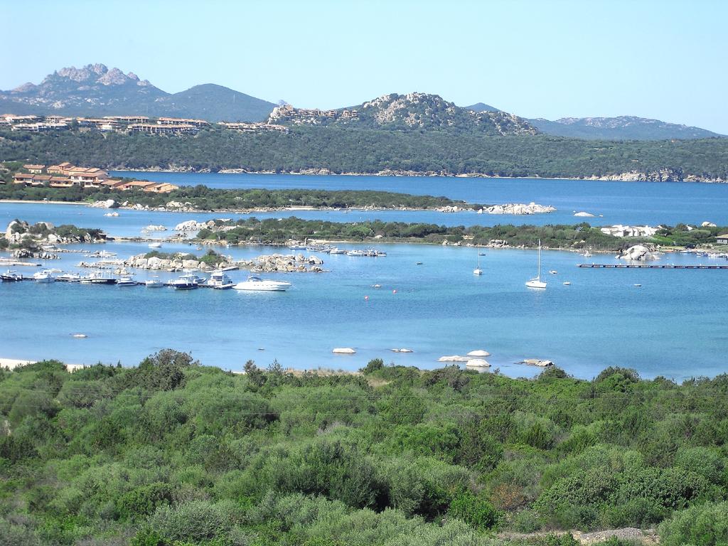 Sardinien: Auf der Insel der Nuraghen im Mittelmeeer