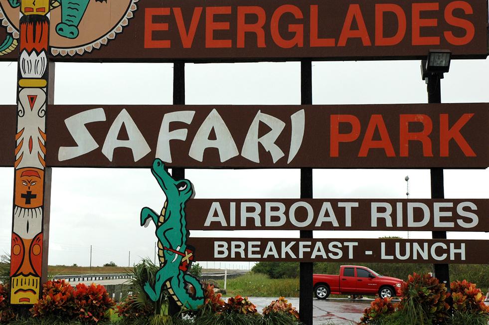 Schild am Everglades Safari Park.