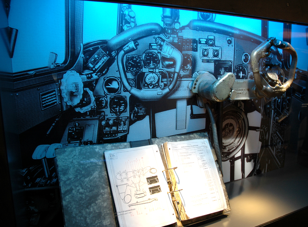So sah es damals im Cockpit aus.
