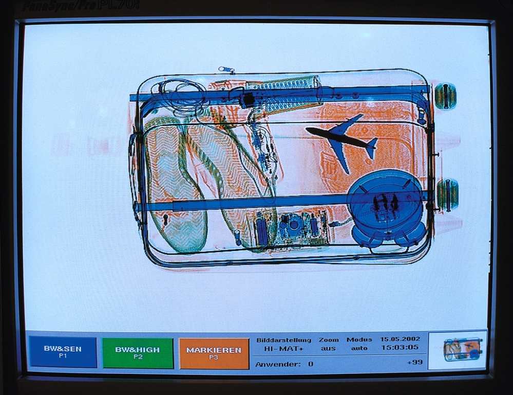 So sieht ein durchleuchtetes Gepäckstück aus. Foto: Flughafen Düsseldorf