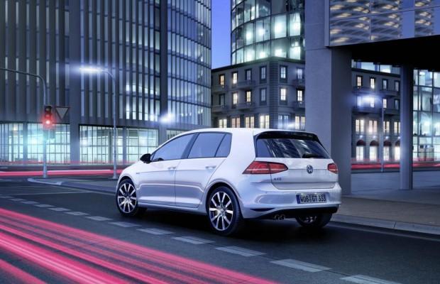 VW: Hybrid-Passat ab 2015