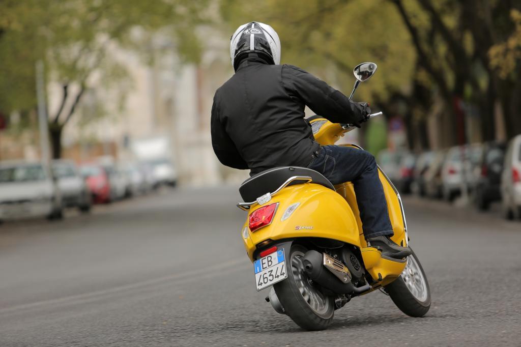 Viel Technik-Ausstattung erhalten Vespa-Käufer nicht: Piaggio beschränkt sich auf das, was unbedingt sein muss