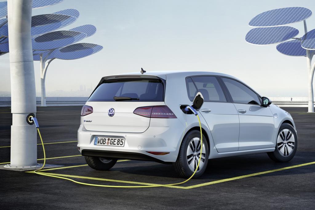 Volkswagen bringt den lange angekündigten E-Golf nun auf den Markt.