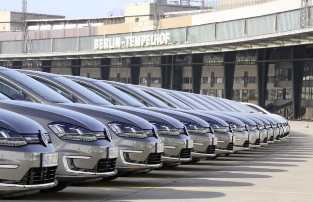 Volkswagen elektrisiert erfolgreich Berlin